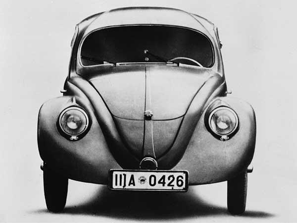 تاريخ شركة فولكس فاجن في صناعة السيارات وأبرز الموديلات الحديثة